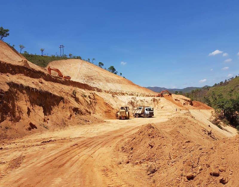 Estudios geoquimicos y de peligrosidad en mineria