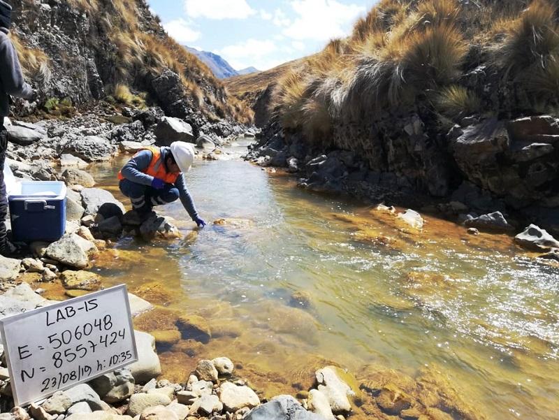 Servicios de monitoreo en proyectos mineros