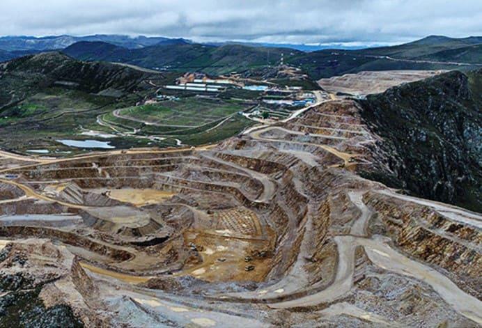 Monitoreo Biológico e Hidrobiológico en Minería